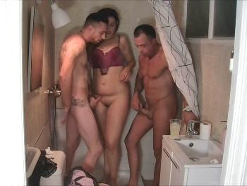 La que se lía en la ducha solo pasa en Madlifes.